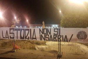 """Reggio: blitz CasaPound a Piazza Garibaldi, """"La storia non si insabbia"""""""