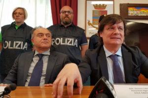 'Ndrangheta: Crotone, citta' assoggettata a racket estorsioni