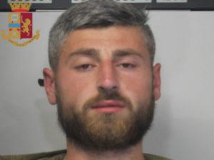 Furti: 24enne georgiano arrestato della Polizia a Reggio