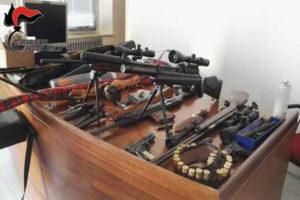 "Armi: scoperta ""Santabarbara"" a Reggio Emilia, tre arresti"