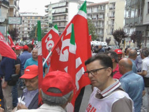 Sanita': Cosenza; manifestazione Cgil, diritto negato ai calabresi
