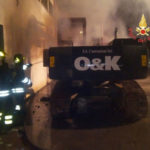 Catanzaro: incendio distrugge un escavatore in località Fortuna
