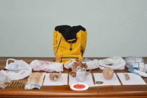 Droga e bombe sotto sequestro nel Vibonese, 80enne denunciata