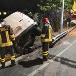 Incidenti stradali:furgone si ribalta a Catanzaro due feriti
