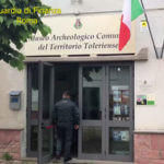 'Museo' archeologico in villa privata, Gdf Roma denuncia coniugi
