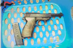Armi: controlli a Vibo, arresto per detenzione di pistola illegale