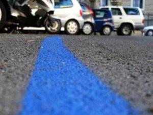 Comune Catanzaro: avviata raccolta firme contro strisce blu
