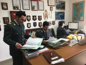 Appalto rifiuti, arrestati sindaco e imprenditori in Calabria