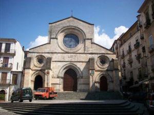 Cosenza: Ztl nel centro storico, l'Arcivescovo e' contrario