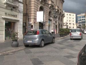 """Catanzaro: Codacons, """"prefetto blocchi auto su Corso Mazzini"""""""