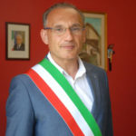 """Razzia al cimitero di Firmo, """"indignazione"""" del sindaco"""