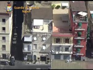 Camorra: fiancheggiatori clan, sequestro hotel e autosalone a Napoli