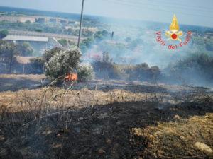 Incendi: macchia mediterranea e arbusti in fiamme nel Catanzarese