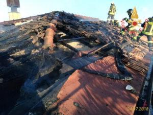 Incendi: a fuco Stazione ferroviaria Sant'Andrea sullo Ionio