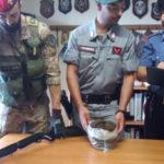 Droga: marijuana in sala da pranzo, un arresto a Canolo