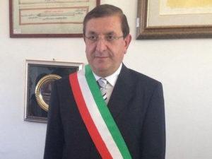 San Giovanni in Fiore, si dimette il sindaco Belcastro