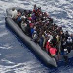 Migranti: sbarco nel Crotonese, rintracciate 39 persone