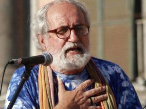 Migranti: padre Zanotelli, per Riace si mobiliti anche Chiesa