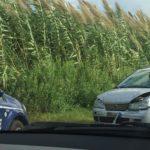 Lamezia: incidente su via del Progresso, auto si ribalta e finisce fuori strada