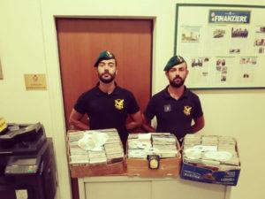 Contraffazione: ambulante abusivo denunciato nel Vibonese