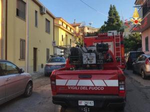 Catanzaro: a fuoco arbusti e macchia mediterranea quartiere Santa Maria