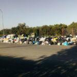 Lamezia: rifiuti fuori cassonetti, la denuncia di associazioni e comitati
