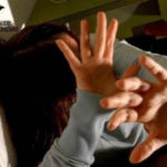 Violenza: 36enne arresto per tentata estorsione e lesioni verso la madre