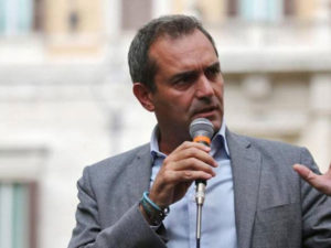 Riace: de Magistris, schierato con sindaco e spero torni libero