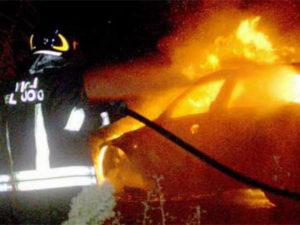 Incendiata auto dirigente scolastico e dirigente Cisl a Crotone