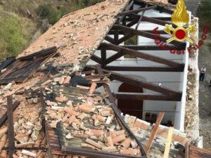Maltempo: danni in Calabria, scoperchiata chiesa nel Crotonese