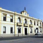 Villa San Giovanni: sindaco e assessore condannano incendio auto vigile