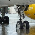 Maltempo: allagamenti in Calabria, dirottato aereo diretto a Lamezia