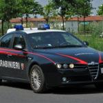 Droga: inseguiti lanciano cocaina dall'auto, 2 arresti nel Crotonese