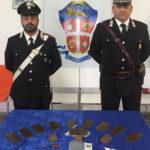 Droga: 13 panetti hashish in auto, 43enne arrestato nel Cosentino