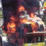 In fiamme autobus Amc a Catanzaro, nessun ferito