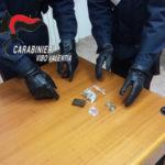 Droga: hashish in auto, arrestati sposini nel Vibonese