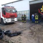 Auto in fiamme in un'officina a Drapia, intervento Vigili del fuoco