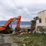 Abusivismo: avviata demolizione ristorante Fata Morgana a Reggio