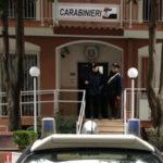 Droga: laboratorio clandestino marijuana, arrestati padre e figlio