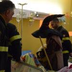Lamezia: Befana e Vigili Fuoco visitano il reparto di pediatria