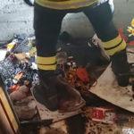 Botti: 8 feriti lievi in Calabria, balcone in fiamme a Catanzaro