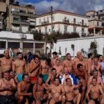 Capodanno: in 46 nel mare di Crotone per salutare il 2019