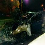 Auto distrutta da un incendio nella notte a Lamezia