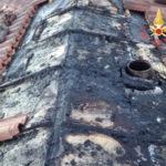 Lamezia: incendio in contrada Piombo, in fiamme sottotetto
