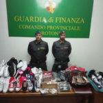 Contraffazione: blitz contro vendite on line, 8 denunce a Crotone