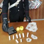 Droga: giovane pusher arrestato dai carabinieri a Cosenza