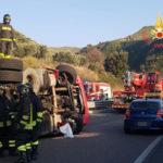 Incidenti: Tir si ribalta sulla '280' a Catanzaro, disagi al traffico
