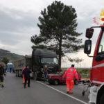 Incidenti: scontro auto-camion, un morto e un ferito nel Cosentino