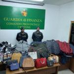 Contraffazione: blitz Gdf a Crotone, sequestrati 600 capi
