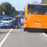 Lamezia: ruba autobus e fugge, inseguito e arrestato da Polizia